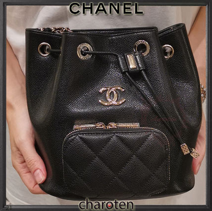 CHANEL ICON Casual Style Calfskin Chain Plain Leather Party Style Purses