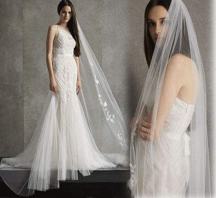 Vera Wang Plain Long Lace Wedding Dresses
