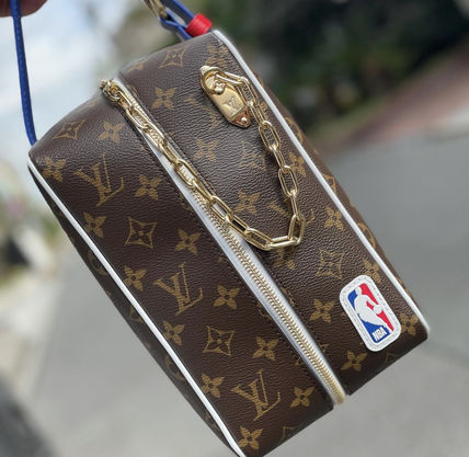 Louis Vuitton Lvxnba Cloakroom Dopp Kit