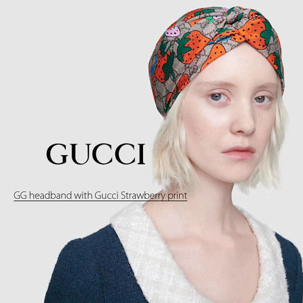 GUCCI GG Supreme Unisex Hats & Hair Accessories