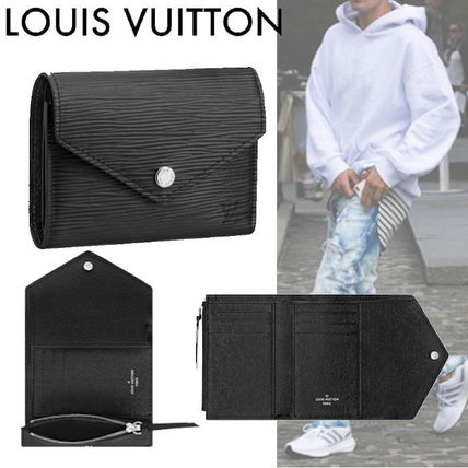 Louis Vuitton EPI Victorine Wallet