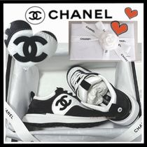 CHANEL SPORTS Casual Style Unisex Suede Bi-color Plain Low-Top Sneakers