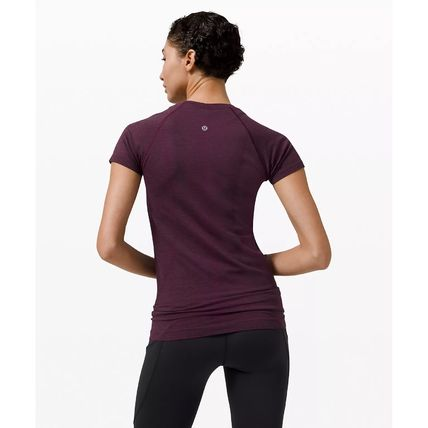 lululemon Blended Fabrics Activewear Tops