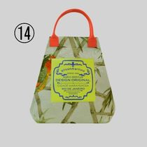 gilsonmartins Shoppers Tropical Patterns Unisex A4 2WAY PVC Clothing Logo Shoppers 17