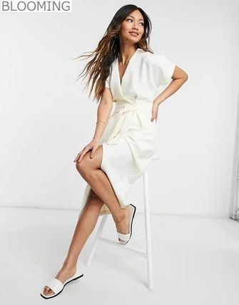 Wrap Dresses Casual Style Tight V-Neck Plain Medium