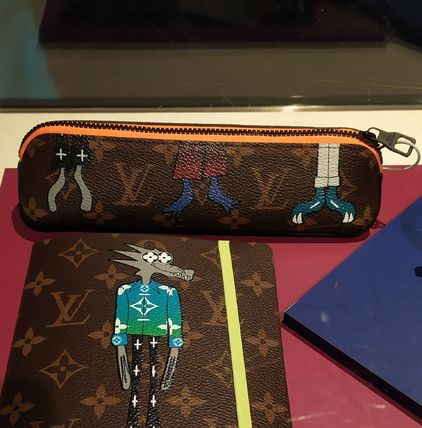 Louis Vuitton MONOGRAM Lv Friends Elizabeth Pencil Pouch