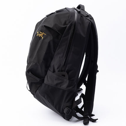 Unisex Nylon Street Style A4 Plain Logo Backpacks