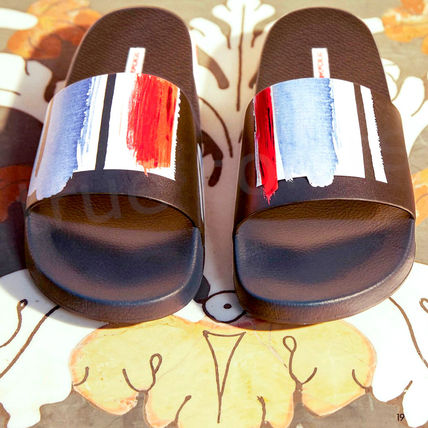 Dolce & Gabbana Stripes Street Style Leather Shower Shoes Logo