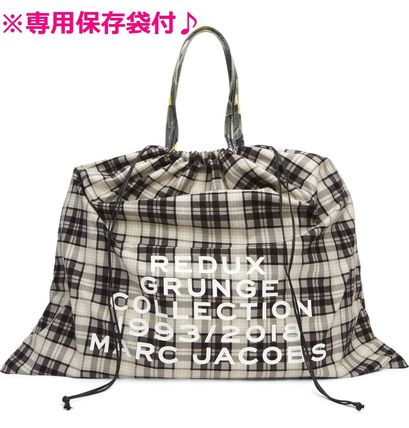 MARC JACOBS Oversized Mothers Bags
