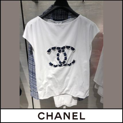 CHANEL Lace-up Street Style Logo T-Shirts
