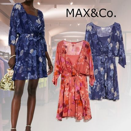 Max&Co. Short Flower Patterns Casual Style Dolman Sleeves Flared