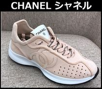 CHANEL TIMELESS CLASSICS Round Toe Rubber Sole Lace-up Casual Style Suede