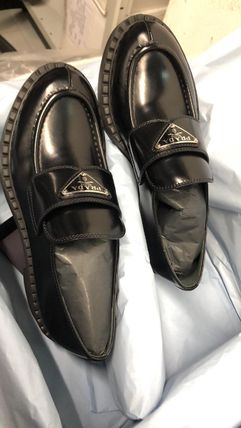 PRADA Plain Leather Logo Loafer & Moccasin Shoes