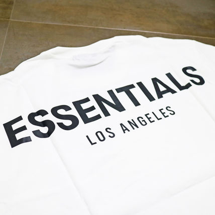 FEAR OF GOD ESSENTIALS Street Style T-Shirts