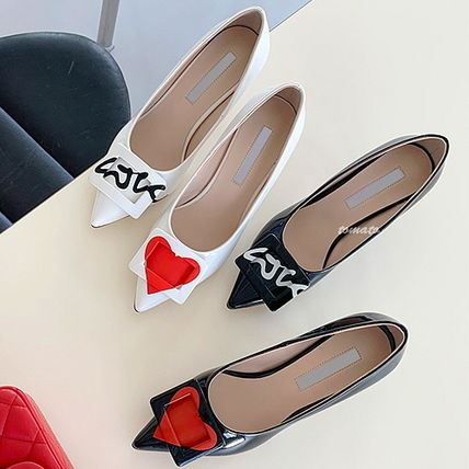 Casual Style Enamel Pin Heels Pointed Toe Pumps & Mules