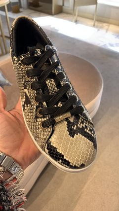 Jimmy Choo Plain Toe Casual Style Other Animal Patterns Leather Logo