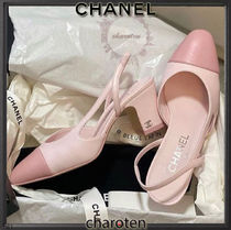CHANEL TIMELESS CLASSICS Casual Style Bi-color Plain Leather Block Heels Party Style