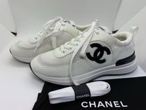 CHANEL Casual Style Leather Logo Low-Top Sneakers