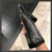 CHANEL ICON Plain Toe Casual Style Plain Leather Block Heels Party Style
