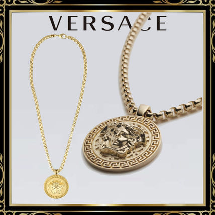 VERSACE Street Style Logo Necklaces & Chokers