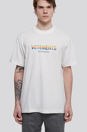 VETEMENTS Crew Neck Street Style Plain Cotton Short Sleeves Logo