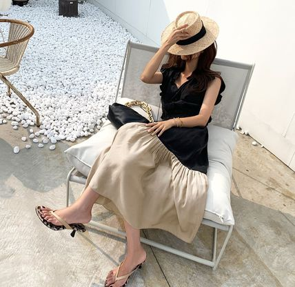 Casual Style A-line Sleeveless V-Neck Plain Long Party Style