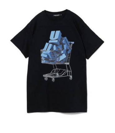 UNDERCOVER More T-Shirts T-Shirts 2