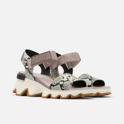 Casual Style Street Style Sport Sandals Python Flat Sandals
