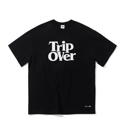 CRITIC More T-Shirts Unisex Street Style T-Shirts 2