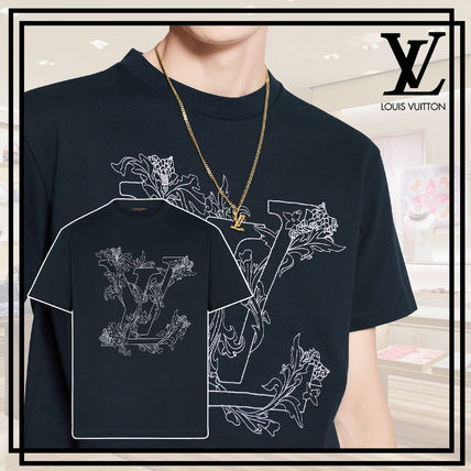 Louis Vuitton More T-Shirts Short Sleeves Luxury T-Shirts