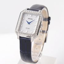 SEIKO Analog Casual Style Leather Metal Square Party Style Halloween 9