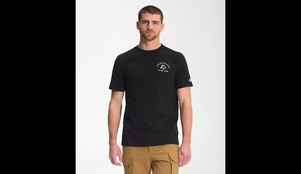 THE NORTH FACE Crew Neck Men's Short Sleeve Novelty Graphic Camp Tee 2