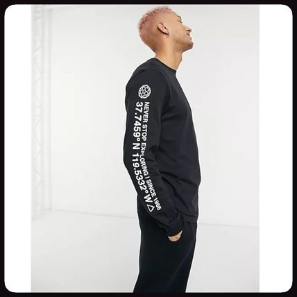 THE NORTH FACE More T-Shirts Street Style Logo Outdoor T-Shirts 3