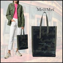 Mr & Mrs Furs Camouflage Unisex Street Style A4 Plain Totes