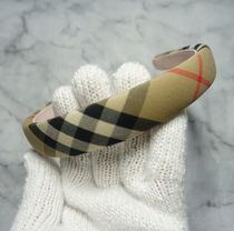 Burberry Street Style Bridal Kids Girl Accessories