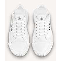 Louis Vuitton Leather Logo Low-Top Sneakers