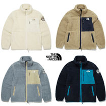 THE NORTH FACE PLAY GREEN Unisex Street Style Shearling Logo Outerwear