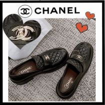 CHANEL ICON Casual Style Plain Leather Loafer & Moccasin Shoes