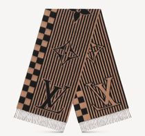 Louis Vuitton DAMIER Lv graphical scarf