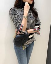 Stripes Other Plaid Patterns Puff Sleeves V-neck & Crew neck