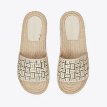 Tory Burch Open Toe Casual Style Slippers Logo Peep Toe Pumps & Mules
